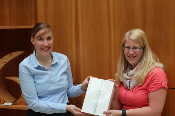 Corinna Koelmann gewinnt ein Apple IPad Air