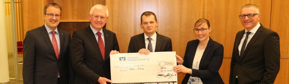 3000 Euro Spende für das Haus Soteria